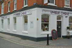Unique Chique in Alton, Hampshire is run lovingly by Emma who want to put the heart and soul into your home with pre-loved and painted furniture, gifts & homewards and vintage discoveries.