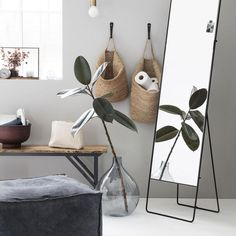 With this beautiful storage basket from House Doctor, you can create a calm atmoshere in your home as it will help you to eliminate uneccesary Decoration Bedroom, Hallway Decorating, Decoration Table, House Doctor, Hanging Storage, Small Storage, Storage Baskets, Bedroom Designs, Living Room Designs