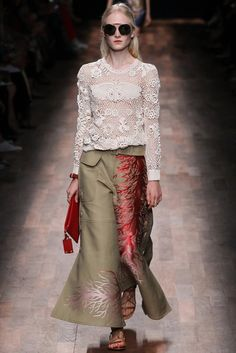 Valentino Spring 2015 - Love the pants