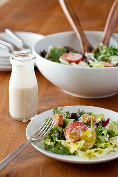 How to Make Copy Cat Olive Garden Salad at Home - Copy Cat Olive Garden Salad Dressing recipe @goodlifeeats www.goodlifeeats.com