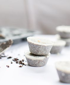 DIY: coconut coffee scrub cubes