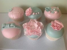 Dome Cupcakes Fondant | sugary fondant on vanilla cupcakes comes in a set of 4 each cupcake ...