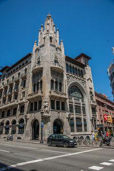 Gothic quarter, Barri Gotic, Barcelona   Экскурсии за Барселоной ! русский гид в Барселоне Отдых в Barcelona - http://barcelonaturservice.com/jekskursii.html