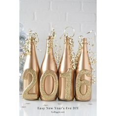 Easy New Year's Eve DIY Decor ❤ liked on Polyvore featuring home, home decor, holiday decorations and gold home decor