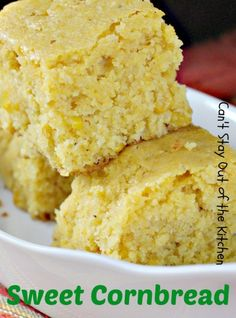 Vintage French Soul ~ Sweet Cornbread ~ nice and moist. A delightful recipe with a sweet flavor that includes a can of creamed corn for great texture. Great served with Chili or any kind of Tex-Mex recipe. Tex Mex, Biscuit Bread, Great Recipes, Favorite Recipes, Dinner Rolls, Sweet Bread, Biscuits, Love Food, Baked Goods