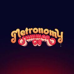 Découvrez le clip video Old Skool - Metronomy sur TrackMusik.