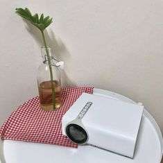 While every single versatile projector is genuinely lightweight, the Mobile Pico Video Projector takes light to an unheard of level. #PortableProjector #Projector #BestProjector Best Portable Projector, Best Projector, We The Best, Mini