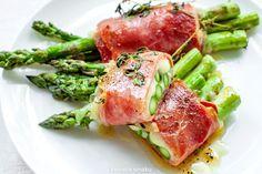 Szparagi zapiekane z szynką parmeńską i serem