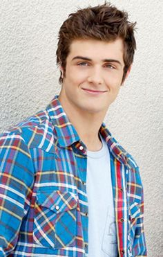 beau mirchoff from Awkward