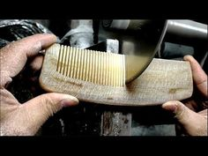 Amazing Woodworking Techniques - Making A Wood Comb - DIY Wood Comb, Wood Craft Patterns, Woodworking Techniques, Wood Carving, Wood Art, Flask, Wood Crafts, Wood Projects, Hair Accessories