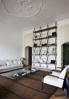 These warm modern interiors by Quincoces-dragò