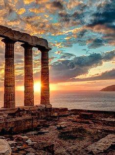 Temple of Poseidon at Cape Sounion, built circa 440 BC. Ancient Greek Art, Ancient Ruins, Ancient Greece, Egyptian Art, Ancient Artifacts, Ancient Egypt, Delos Greece, Athens Greece, Greece Architecture