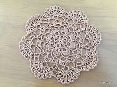 I made this mini doily using 100% cotton lace yarn with 2.00mm crochet hook.