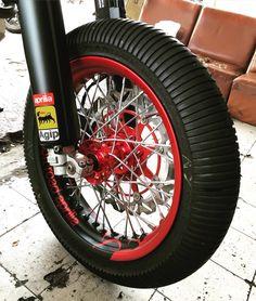 Dunlop rain tire supermoto