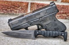 CCW goodness right here. #WiseMen #2a #edc #edcgear #everydaycarry #gunlife #pocketdump #igmilitia #pewpew #gear #comeandtakeit #wiseguy #glock #knivesdaily #pockettools #multitool #guns #dtom #survival #prepared #gunsofig #gunaddict #igshooters #gunvids