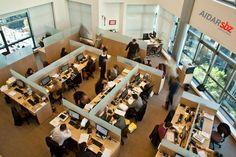 Intenção dos jovens advogados é criar locais de trabalho menos engessados do que os escritórios tradicionais. como resultado, surgem novos escritórios na cidade.