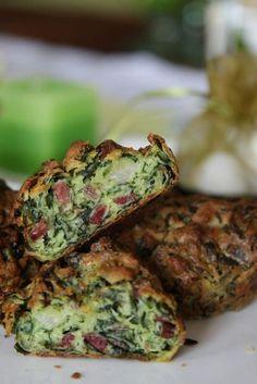 Medvehagymás-sonkás muffin - Kifőztük, online gasztromagazin Hungarian Recipes, Hungarian Food, Avocado Toast, Muffins, Food Porn, Paleo, Snacks, Vegetables, Cooking