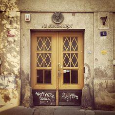 """House At Jungmann"" - http://ift.tt/1tlSfYz #prgdoors #prgbuildings #prague #praha #Прага #oldtown #history #historicalprague #architecture #praguehistory #praguebuildings #oldbuilding #urbanism #praguecity #praguestagram"