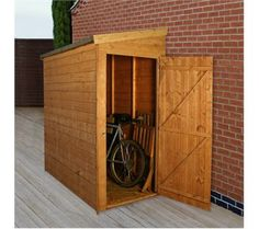 Lean-to garden shed. Great idea to put a door on the end too. We may not have room to put door other way.
