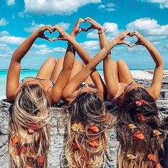 There's no one like your BFF! Check out these BFF pictures & bestie poses ideas Bff Pics, Photos Bff, Cute Friend Pictures, Friend Photos, Beach Photos, Shooting Photo Amis, Best Friend Fotos, Best Friend Photography, Beach Photography Friends