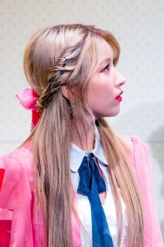 Gfriend-Sowon 190119 #Sunrise_Fansign Kpop Girl Groups, Korean Girl Groups, Kpop Girls, Kpop Hair, Kim Ye Won, Gfriend Sowon, Cloud Dancer, Red Velvet Seulgi, G Friend