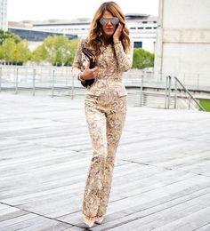 "289 Likes, 1 Comments - Fashion (@streetstylegallery) on Instagram: ""#streetstyle #fashionicon #annadellorusso #fashionweek #stylish #fashionista #voguejapan…"""