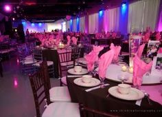 Brown and pink! | Heaven Event Center #wedding