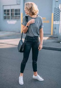 cool 45 Fabulous and Fashionable School Outfit Ideas For College Girls addicfas. cool 45 Fabulous and Fashionable School Outfit Ideas For College Girls Mode Outfits, Trendy Outfits, Fashion Outfits, Fashion Ideas, Fashion Pants, Casual Outfits For Girls, Simple Casual Outfits, Uni Outfits, Basic Outfits