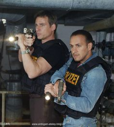 Alarm fur Cobra 11 - Tom Kranich & Semir Gerkhan- My favorite duo. I cried so much when Tom died😥 Gta Funny, Toms, Fast And Furious, Tv Series, Tv Shows, Celebrities, Star, Google, Movies