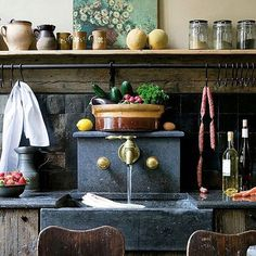 🍓Rustic kitchen🌱... perfection!