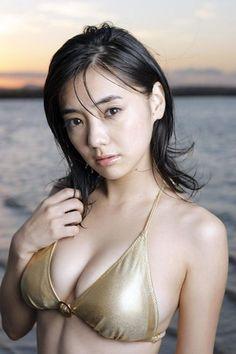 Kana Kurashina 倉科加奈