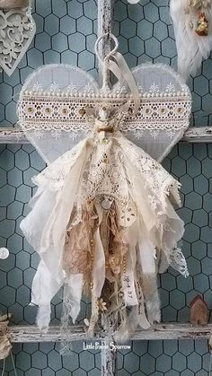 Frozen Charlotte Bride, wire heart, vintage lace, tattered heart, shabby chic decor How To Wear Lace Tela Shabby Chic, Shabby Chic Crafts, Vintage Shabby Chic, Shabby Chic Homes, Vintage Lace Crafts, Wedding Chair Signs, Wedding Chairs, My Funny Valentine, Printable Valentine