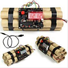 Glomarts Novelty Scenario Digital Defusable Bomb Alarm Clock-Countdown 10 Sec Airsoft, Bedroom Lamps Design, Best Alarm, Garage Art, Diy Clock, Arduino, Room Themes, Miu Miu Ballet Flats, James Bond