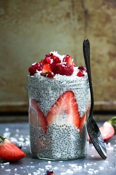 Coconut and vanilla chia seed pudding – Charley's Health