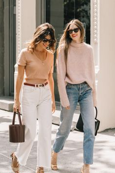Jeanne Damas, Laura Love, cashmere, cashmere sweater, bucket bag, vintage levis, vintage jeans, cat eye sunglasses, pendant necklace, metallic heels, block heels, cropped jeans, frayed hem, french street style, french girl style,