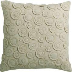 DIY, Felt Circles Pillow Tutorial