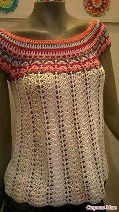 Bellissima maglietta estiva con punto conchiglia all'uncinetto. Si inizia il lavoro dal collo.