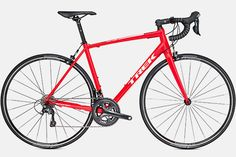 Every Trek carbon and aluminum road bike is designed for best-in-class performance. View our full line of lightweight, aerodynamic road bikes. Trek Bikes, Downhill Bike, Mtb Bike, Entry Level Road Bike, Trek Madone, Road Bike Women, Commuter Bike, Bicycle Race, Bike Reviews