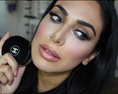 Obsessing Over..Chanel's Vitalumiere Powder Foundation (Airbrush Skin)!