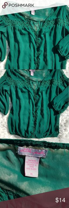 "Ultra Pink Chiffon 3/4 sleeve top size XL Sheer Chiffon hunter green peasant style top. You would need to wear a shirt/tank top underneath it.  Blouse has 3/4 Sleeves.  Gorgeous Boho style top!  Measurements:  Armpit to armpit = 25""  Top of shoulder to bottom of shirt = 24 1/2"" Ultra Pink Tops Blouses"