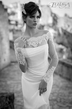 Luisa Sposa. Beautiful Sleeves!