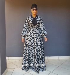 CODE H1 ☎️ +27829652653 ✂️Number 1 of 10✂️ ☃️❄Winter Range❄ African Maxi Dresses, African Attire, African Wear, Chic Outfits, Fashion Outfits, New Look Fashion, Straight Dress, Everyday Dresses, Maxis