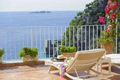 #AmalfiCoastRoom: Villa Roberto, 5-minute walk from Spiaggia Grande, offers free parking, terrace, air-conditioned, balcony with sea views, free WiFi... Positano Italy, Outdoor Furniture Sets, Outdoor Decor, Amalfi Coast, Free Wifi, Tour Guide, Balcony, Terrace, Projects To Try