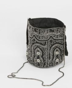 Sac bourse perlé noir Drawstring Backpack, Backpacks, Bags, Couture, Pouch, Accessories, Handbags, High Fashion, Sewing