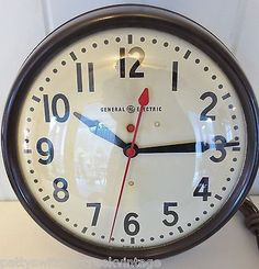 Vintage Retro General Electric, GE Bakelite Wall, School Clock, Industrial 14.5""
