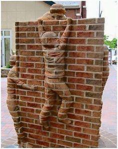 Brick Sculptures By Brad Spencer. Brad Spencer is one of the very few artist in the world who creates sculptures from bricks. Brad has been a working sculptor since Spencer, Carolina Do Norte, North Carolina, Brick Material, Brick Art, 3d Street Art, Wow Art, Chalk Art, Urban Art