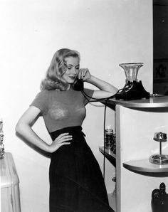 thefilmcanister: Veronica Lake.