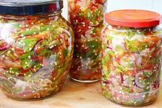 Romanian Food, Canning Recipes, Pickles, Mason Jars, Brunch, Food And Drink, Pesto, Yummy Food, Healthy Recipes