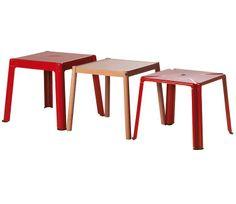 Muebles versátiles para salones pequeños