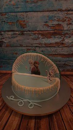 Elsa vs cars torte Elsa, Cars, Desserts, Food, Fondant Cakes, Meal, Deserts, Essen, Vehicles